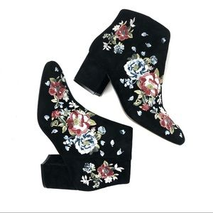 WHBM Black Floral Embroidered Chunky Heel …
